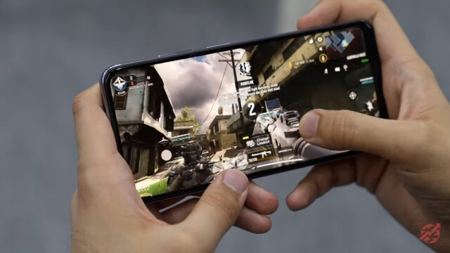 COD Playing Game on Redmi Note 10